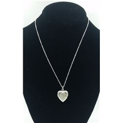 """""""I LOVE YOU"""" STERLING SILVER LOCKET """"I LOVE YOU"""" STERLING SILVER LOCKET ON 18"""" CHAIN. PRE-OWNED. EST"""