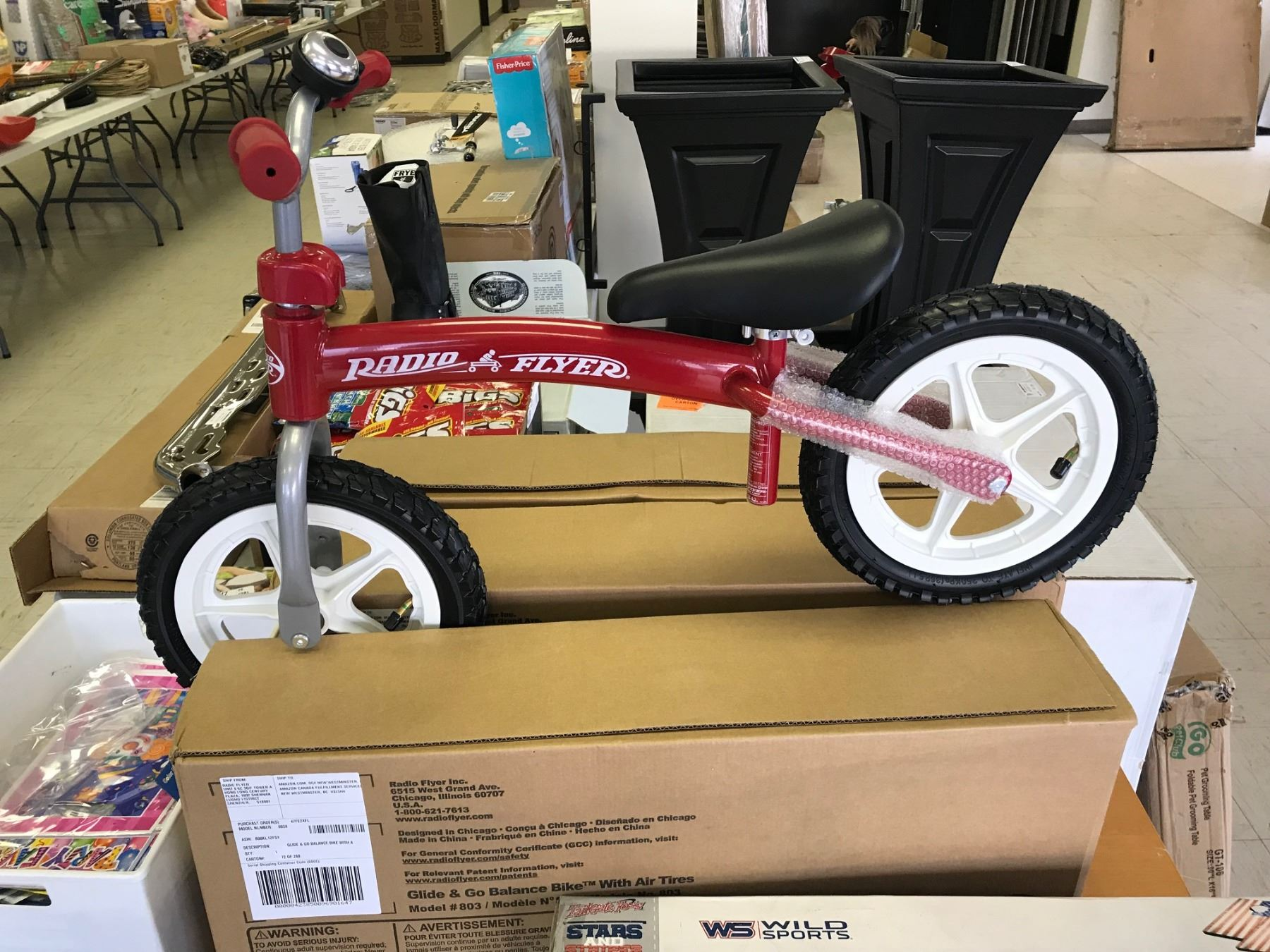 New In Box Radio Flyer Glide N Go Balance Bike With Air Tires