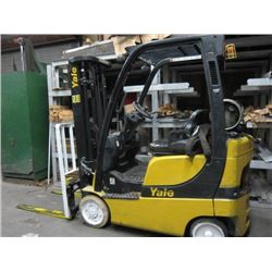 YALE Veracitor 3V 2600 Lbs. Cap. Solid Tire Triple Mast Propane Fork Lift Truck