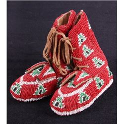 Lakota Sioux Fully Beaded Moccasins c. 1900-