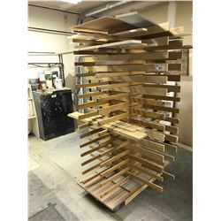 MOBILE WOODEN DRYING RACK