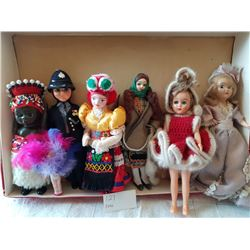 COLLECTION OF 7 DOLLS