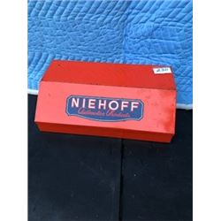 AUTOMOTIVE COUNTER DISPLAY *NIEHOFF*