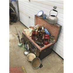 STEAMER TRUNK, *METAL W/TRAY & CONTENTS* FARM FRESH (BARN LANTERNS, ENAMEL WARE, LICENSE PLATES, ETC