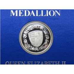 1977 THE MEDALLION FOLIO OF 'THE SILVER JUBILEE'