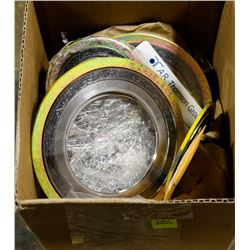 BOX OF ASSORTED METAL SEALS/GASKETS