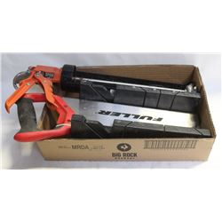 CAULKINGGUN AND MITER BOX W/SAW