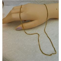 "**** FEATURE ESTATE ITEM **** - 18K YELLOW GOLD BOX CHAIN - 21 ½"" LONG - 7.6gm - RETAIL ESTIMATE $16"