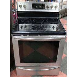FRIGIDAIRE SMOOTH TOP, SELF CLEAN CONVECTION OVEN