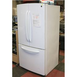 WHITE GE  22.1CB FT FRENCH DOOR FRIDGE