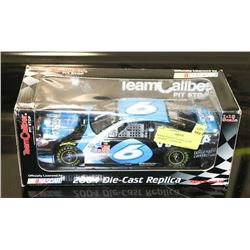 MARK MARTIN VIAGRA TEAM CALIBER 1:18 NASCAR