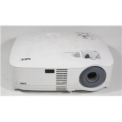 NEC DIGITAL PROJECTOR 3LCD