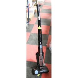 ELECTROLUX CORDLESS VACUUM WITH REMOVABLE
