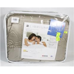TEMPERATURE REGULATING BLANKET KING SIZE
