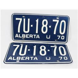 SET OF 2 MATCHING ALBERTA 1970 PLATES, NOS