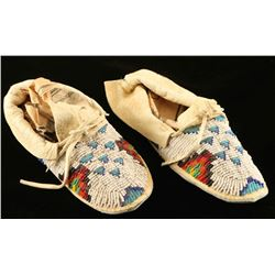 Excellent Sioux Beaded Child's Moccasins