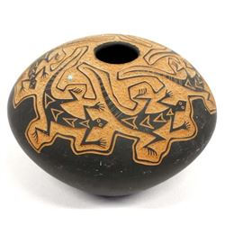 1995 Acoma Carved Lizard Pottery Seed Jar by Chino