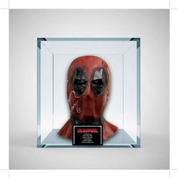Deadpool 2 Cast Signed Mask