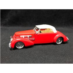 Matchbox - 1937 Cord Model 812 Supercharged Convertible