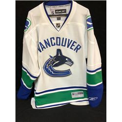 VANCOUVER CANUCKS HOCKEY JERSEY (LARGE)