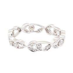 14KT White Gold 0.15 ctw Diamond Floral Motif Eternity Ring