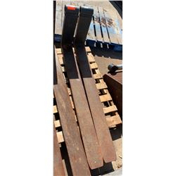 Qty 2 Forklift Forks - 5ft Long