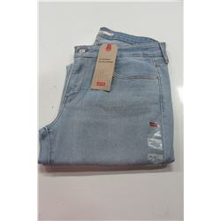 NEW LEVIS 711 SKINNY JEANS