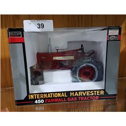 NIB INTERNATIONAL HARVESTER 450 FARMALL GAS TRACTOR DIECAST