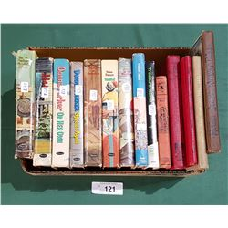 COLLECTION OF 14 VINTAGE CHILDRENS BOOKS