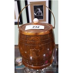 VINTAGE OAK AND COPPER BISCUIT BARREL W/PORCELAIN LINER