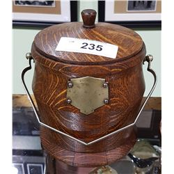 VINTAGE OAK BISCUIT BARREL W/PORCELAIN LINER