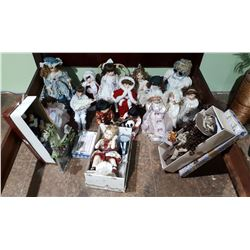 COLLECTION OF APPROX 18 PORCELAIN COLLECTOR DOLLS