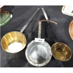 3 SMALL VINTAGE COPPER AND BRASS POTS