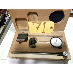 Starrett Set of No.657 Magnetic Base with Dial Indicator No.25-131