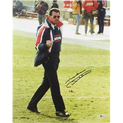 Mike Ditka Signed Bears 16x20 Photo (Beckett COA)