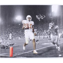 Vince Young Signed University of Texas Longhorns 21x24 Photo On Canvas (JSA COA)