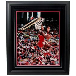 Michael Jordan Signed Bulls 16x20 Custom Framed Photo (UDA Hologram)