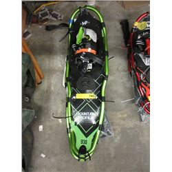 Pair New Mountain Profile 930 Snowshoes & Poles