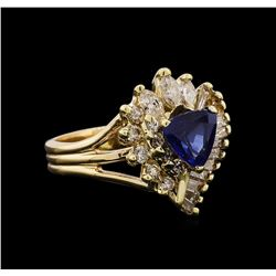 1.26 ctw Sapphire and Diamond Ring - 14KT Yellow Gold