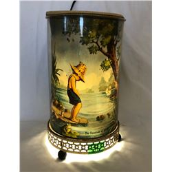 VINTAGE LAMP, HEAT ACTIVATES FAN TO BRING DISPLAY TO LIFE