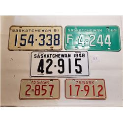 5 SASK LICENSE PLATES (2 ARE MOTORCYCLE) *1948 RESTORED*