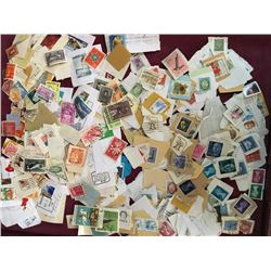LOT OF VINTAGE STAMPS (CANADA & USA WORLD)