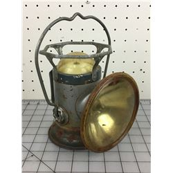 LANTERN FLASHLIGHT (DELTA ELECTRIC COMPANY)