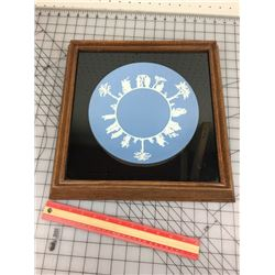 FRAMED PLATE (WEDGEWOOD )