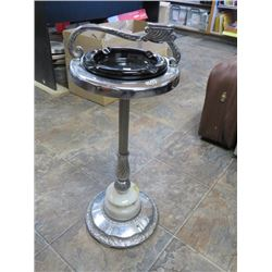 ASHTRAY STAND *W/PLUG IN FOR BASE LAMP*