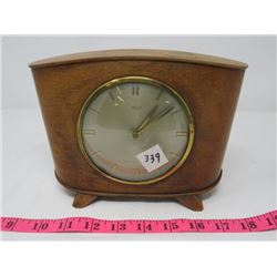 SMITH 8 DAY CLOCK (IN WOODEN CASE, MADE IN GREAT BRITAIN)