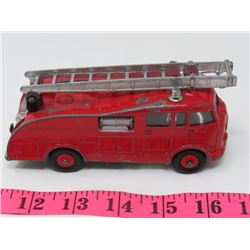 VINTAGE DINKY FIRE ENGINE TRUCK (MADE IN ENGLAND) *VERY RARE*