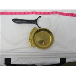 MAGNIFYING LENS *5X W/LIGHT* & BRASS COIN TRAY