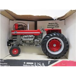 TRACTOR (MASSEY HARRIS 1150) *1/16 SCALE, IN BOX*