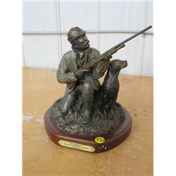"""STATUE (HUNTER WITH DOG) *DUCKS UNLIMITED, PARTNERS* (439/800, 10""""T)"""